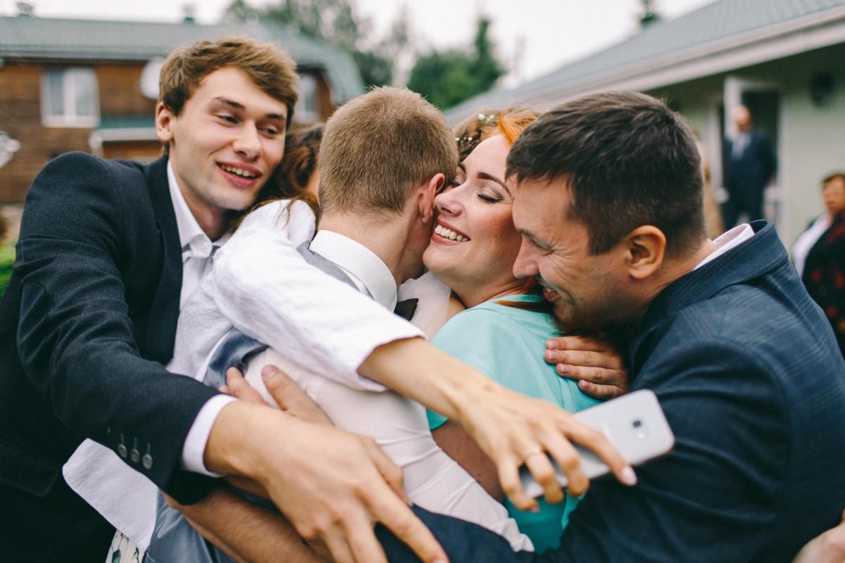 Позитивная обстановка на свадьбе